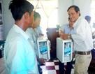 Trao tặng tủ thuốc, dụng cụ y tế cho ngư dân