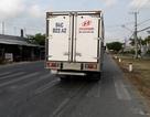 Đi bộ sang đường đúng vạch, bất ngờ bị xe tải tông tử vong