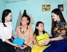 """Hoa khôi, Nam vương HSSV Cần Thơ """"rủ nhau"""" đi thăm học sinh nghèo"""
