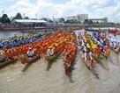 Sóc Trăng: Hàng chục ngàn người cuồng nhiệt xem đua ghe Ngo