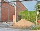 Cà Mau: Dân xây hàng rào, phường bắt xin phép, phòng Quản lý đô thị bảo không!