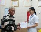 Bệnh viện Chợ Rẫy chuyển lại tiền bạn đọc Dân trí giúp bà Đông