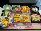 Bữa ăn trên máy bay của các hãng có gì khác nhau