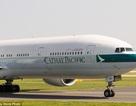 Tiếp viên hàng không phá cửa cứu du khách tự tử trên máy bay