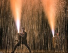 Độc đáo lễ hội bắn pháo hoa bằng tay ở Nhật