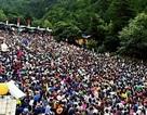"""""""Thiên đường hạ giới"""" nổi tiếng bậc nhất Trung Quốc đông nghẹt thở"""
