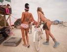 """""""Đỏ mặt"""" với những lễ hội khỏa thân nóng bỏng nhất thế giới"""