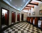 Bên trong nhà vệ sinh công cộng như... khách sạn 5 sao