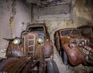 Hầm chứa các cỗ xe hơi cổ bị lãng quên gần 1 thế kỷ
