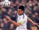 Đội bóng của HLV Huỳnh Đức vươn lên dẫn đầu V-League