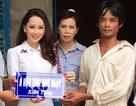 Á hậu Thái Như Ngọc cùng mẹ đi từ thiện tại Kiên Giang