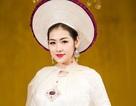 Á hậu Tú Anh đẹp lộng lẫy trong tà áo dài dân tộc