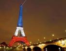 Tháp Eiffel và nhiều di tích ở Pháp đã mở cửa trở lại