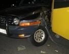 Chắn một làn đường, giải quyết tai nạn trong đêm