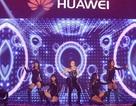 Mỹ Tâm sánh đôi mỹ Nam Soobin công phá sự kiện công nghệ