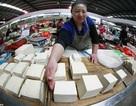 Băng tội phạm Trung Quốc bán 100 tấn đậu phụ độc ra thị trường