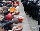 Ukraine bên bờ vực phá sản, lạm phát lên tới 40%