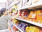"""Hàng Việt """"chật vật"""" vào siêu thị"""
