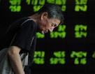 Kinh tế Trung Quốc xiêu theo chứng khoán