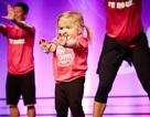 Kinh ngạc tài năng nhảy zumba của cô bé mắc bệnh hiểm nghèo
