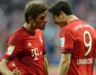 """Song sát Muller-Lewandowski bùng nổ, Bayern """"hủy diệt"""" Dortmund"""