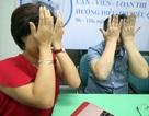 Bác sĩ Nguyễn Đăng Dũng hướng dẫn cách mát xa mắt hạn chế cận thị