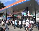 Giá xăng thế giới giảm 40%, trong nước 23%