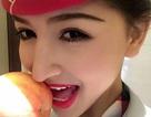Chi hơn 400.000 đồng để mua quả táo có nụ hôn của nữ tiếp viên hàng không