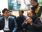 Chủ tịch Hà Nội thăm gia đình nạn nhân vụ xe Camry tông chết 3 người