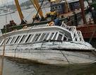 Trục vớt tàu đắm trong Cảng Tuần Châu