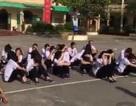 """Hải Phòng: Thầy giáo cố tình """"đày"""" học sinh dưới nắng?"""
