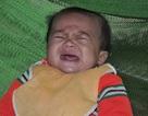 Mẹ chết trên bàn mổ đẻ, hai đứa trẻ thơ mờ mịt tương lai