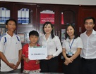 Trao tiếp hơn 31 triệu đồng đến em Tràng Minh Hảo