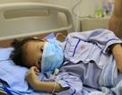 Ánh mắt cầu cứu của bé 7 tuổi mắc bệnh sống nhờ máu người khác
