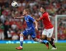 Chelsea - MU: Mourinho đang cười, Moyes nhăn nhó