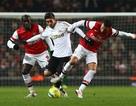 Arsenal - Swansea: Đứng dậy từ đống tro tàn