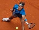 """Nadal """"bắt nạt"""" đối thủ trong trận ra quân"""