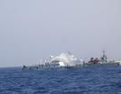 """Tàu Trung Quốc giăng bẫy, tàu Kiểm ngư Việt Nam """"đọc vị"""""""