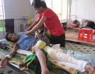 Cô học trò nghèo chăm mẹ bệnh nặng có nguy cơ bỏ học