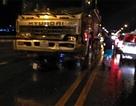"""""""Phớt"""" lệnh cấm, nam thanh niên bị xe tải cán chết trên cầu Thăng Long"""