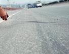 Tai nạn rình rập vì mặt cầu Thanh Trì xuống cấp nghiêm trọng