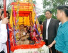 Linh đình lễ hội rước người sống ở Hà Nam