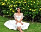 Hoa hậu Ngọc Hân xinh tươi với váy trắng