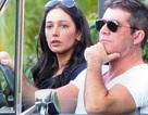 Simon Cowell mua vòng kim cương cho bạn gái có bầu