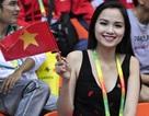 Hoa hậu Diễm Hương rạng rỡ cổ vũ Tiến Minh