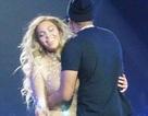 Beyonce tình tứ bên ông xã