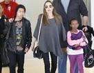 Angelina Jolie xuất hiện sành điệu bên các con