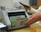 Trần lãi suất ngân hàng đồng loạt giảm