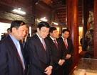 Chủ tịch nước Trương Tấn Sang dâng hương, chúc tết tại Bắc Ninh