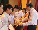 Xúc động lễ trao chứng chỉ tiếng Việt cho học sinh Lào